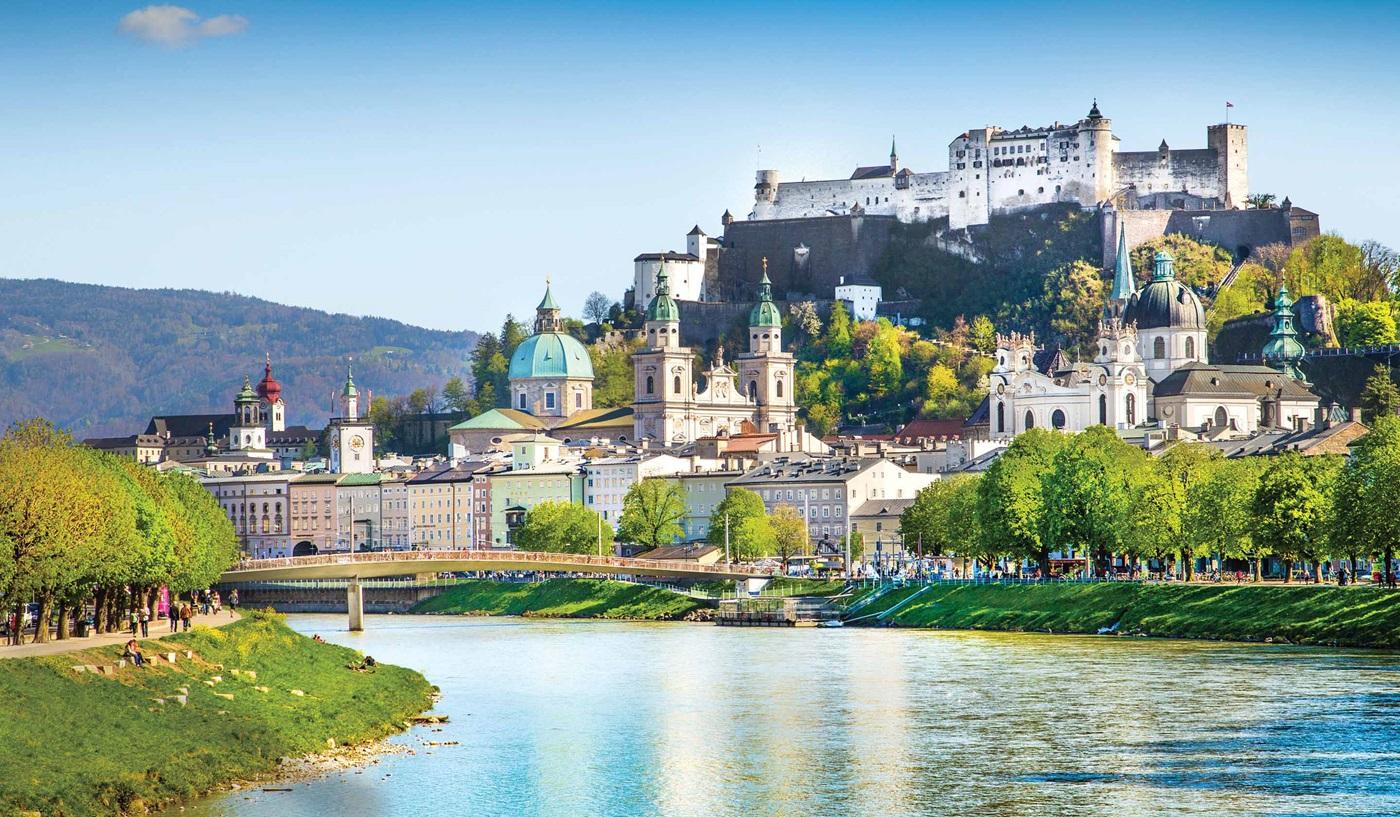 Austria, Czech Republic & Hungary Escorted Tours