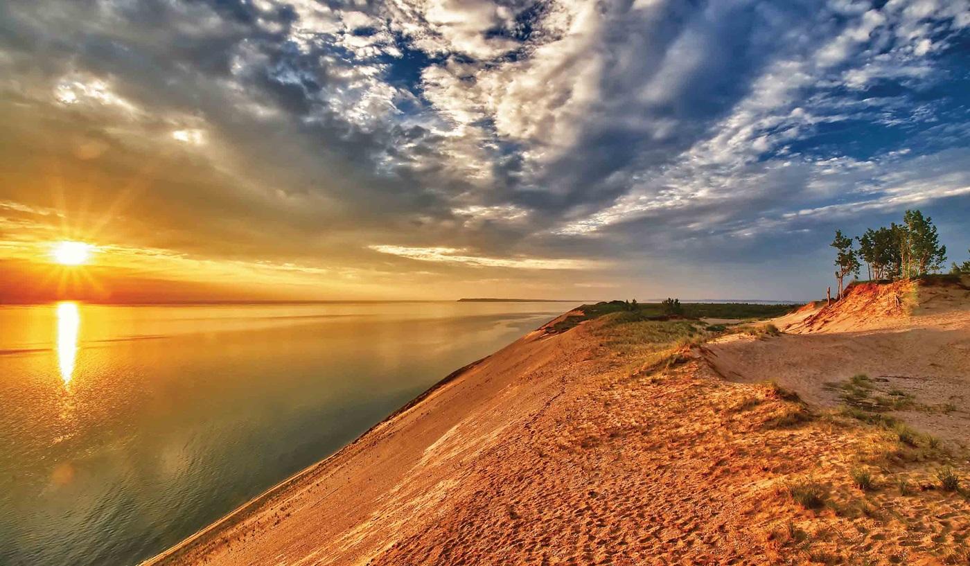 Michigan Lakes Mackinac Island Escorted Tour