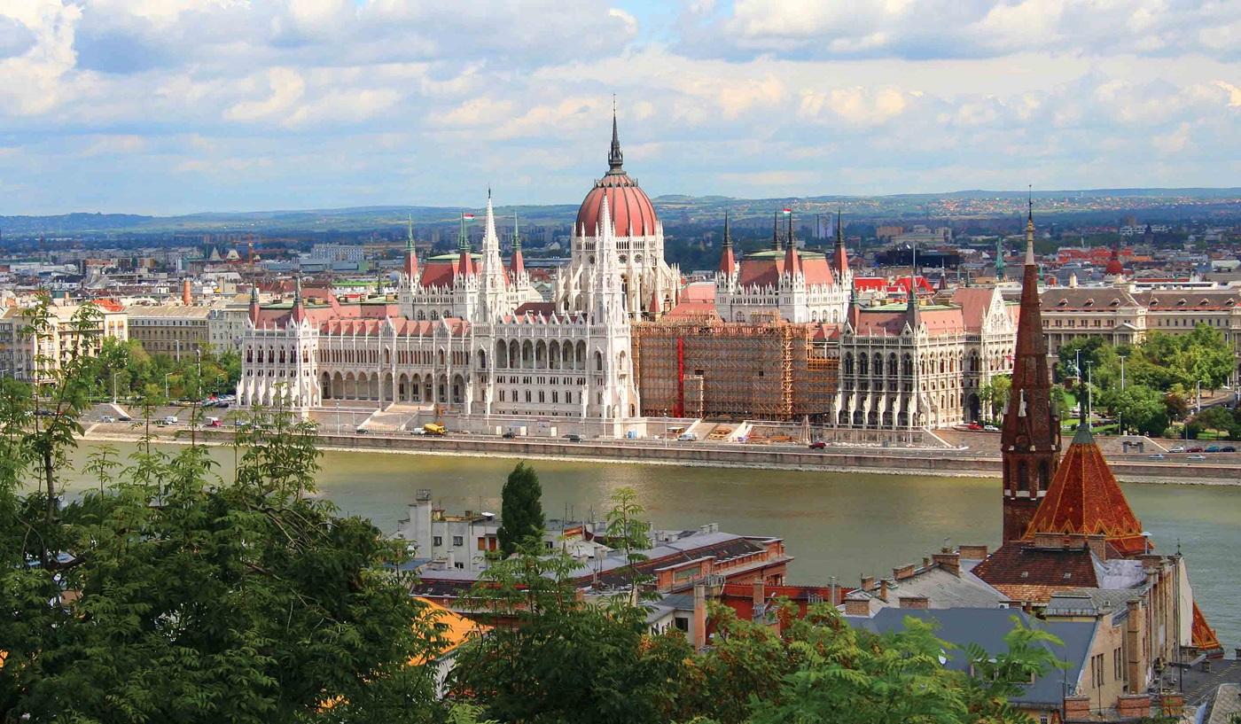 Amsterdam Budapest Rhine Riverboat Cruise