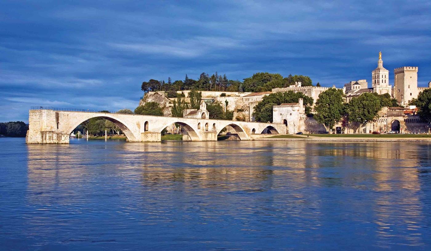 Savoring Southern France Paris Lyon Provence River Cruise