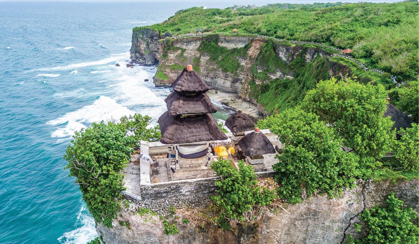 Kingdoms Dragos Singapore Bali Escorted Tour